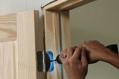 Durvju uzstādīšana